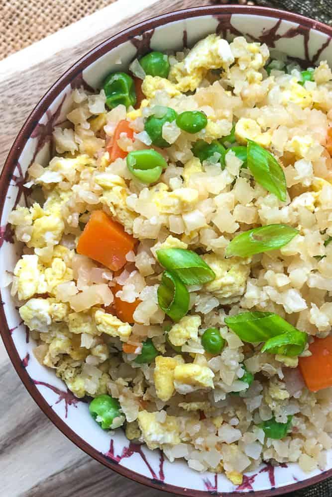 keto fried ricec in bowl
